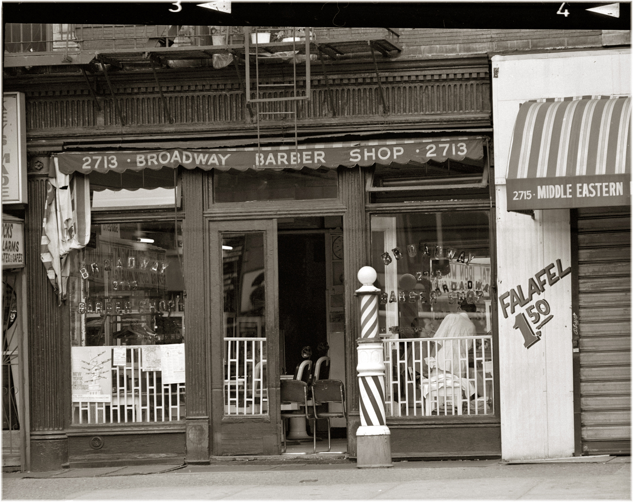 Broadway Barbershop? 1986 Black and White Street Photographs of ...