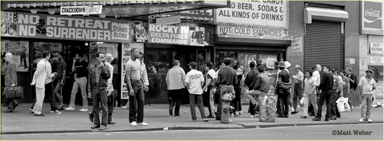 42dStreet-TheDeuce-Crowded-1985