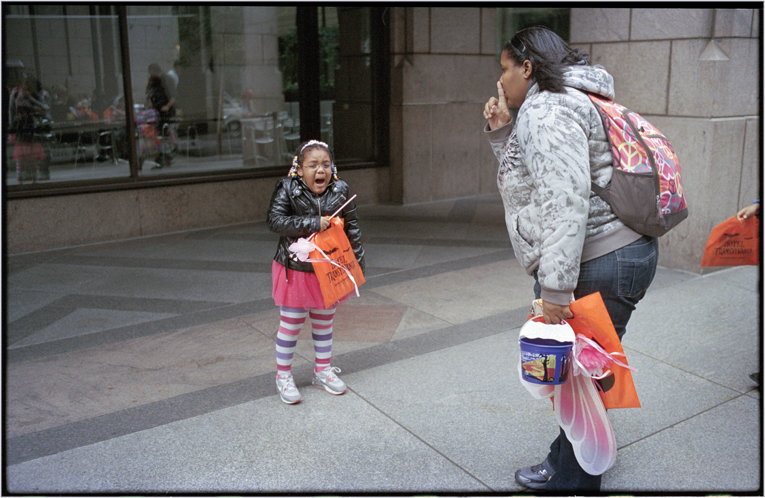 *NEVER-CRY-Baby-5thAve-2012 copy – Black and White Street ...