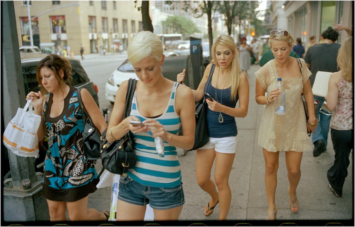 4-Women-3blondes-2011 copy