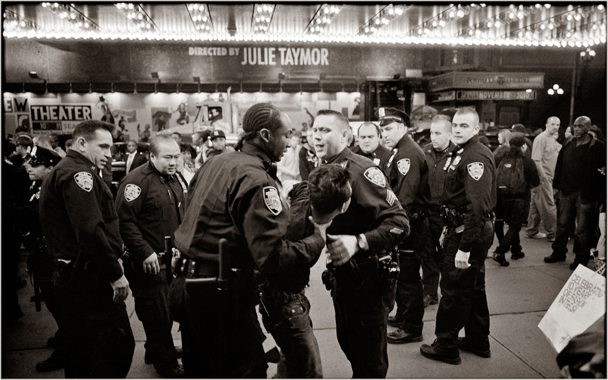 NYC-police-times-square