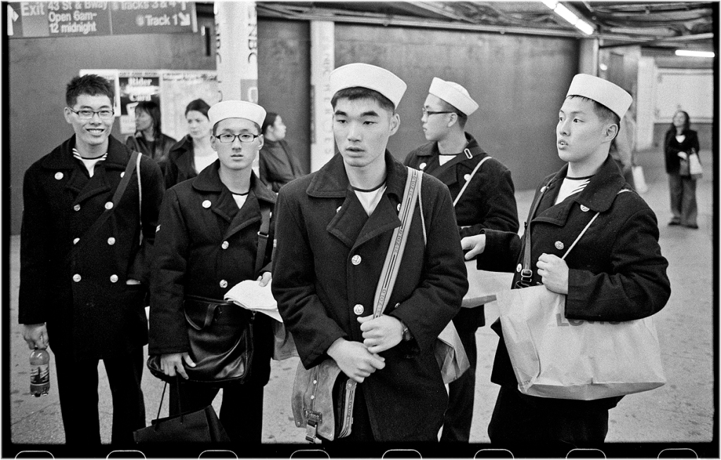 subway-chinese-sailors