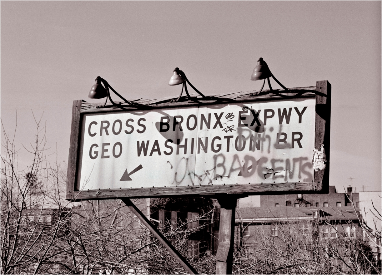 GW-BRIDGE-CROSS-BRONX-SIGN-MATT-WEBER