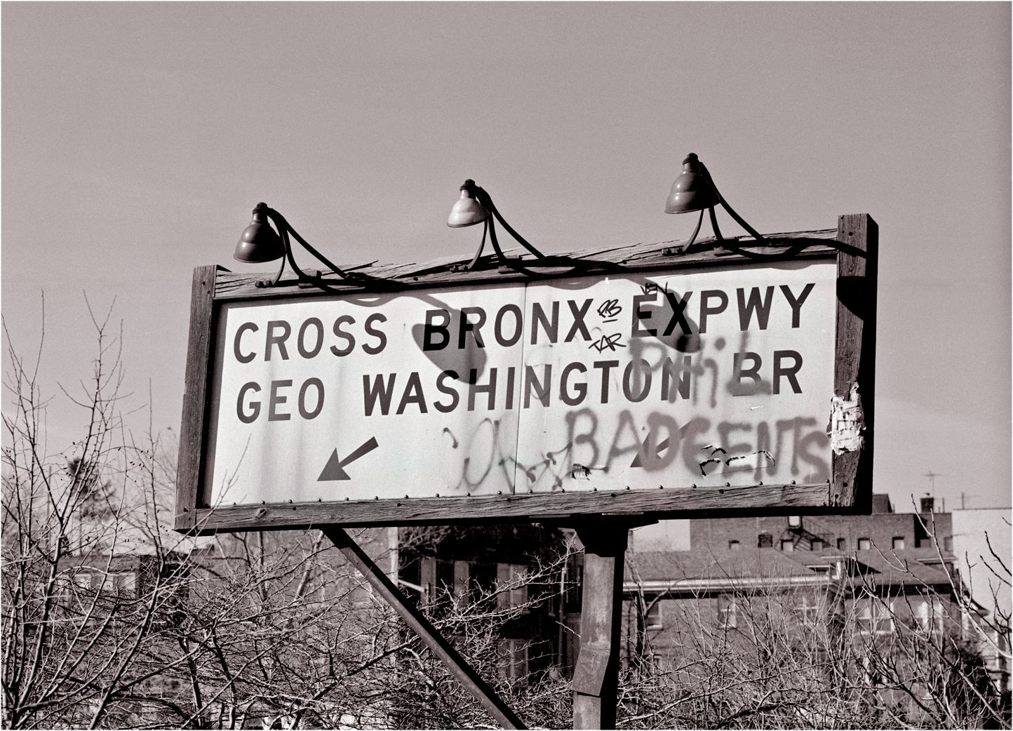 GW-BRIDGE-CROSS-BRONX-SIGN-MATT-WEBER