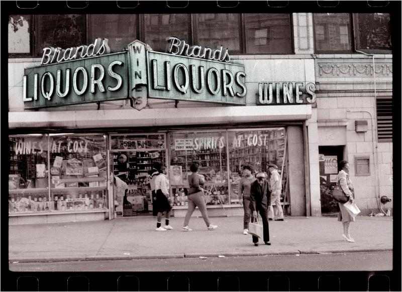 Liquor-store-Harlem-matt-weber