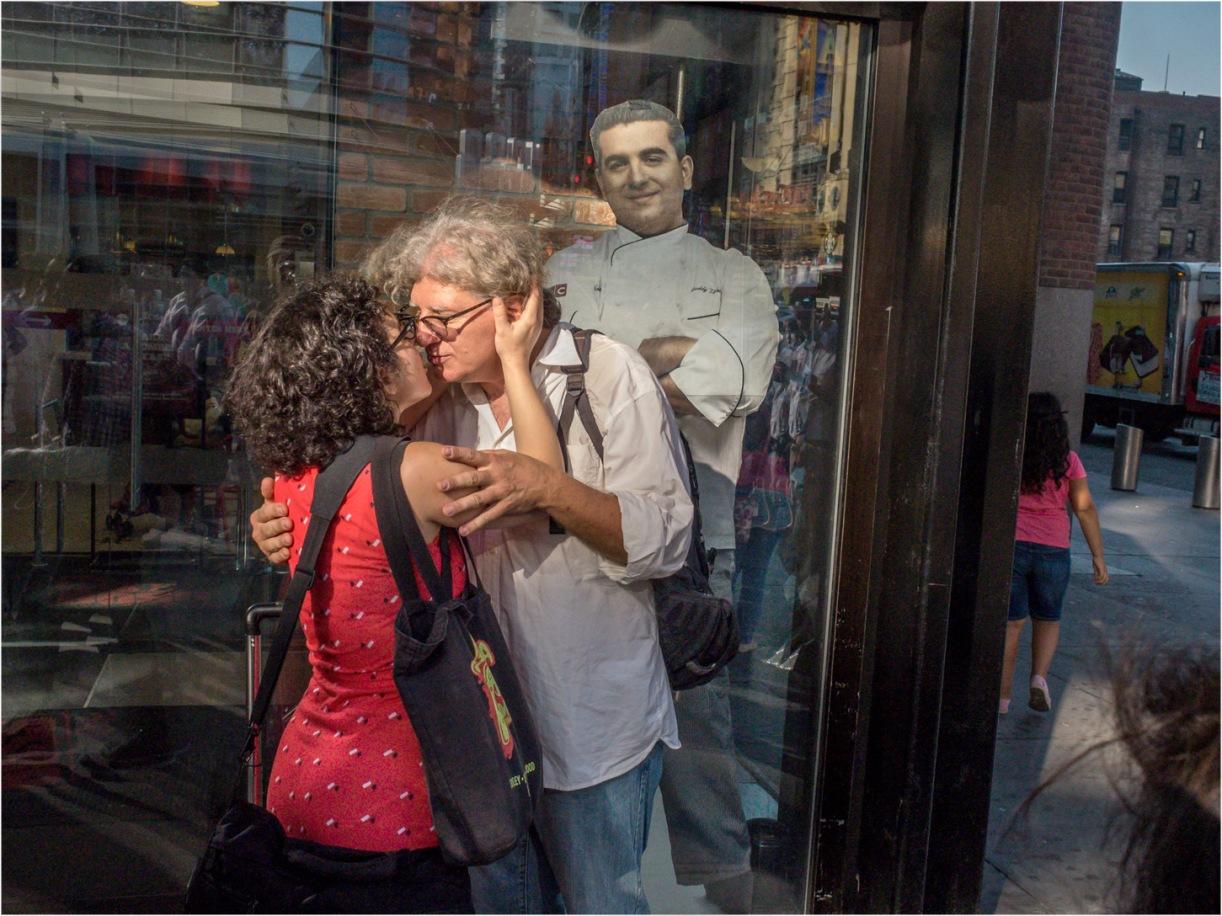 42-street-kiss-matt-weber