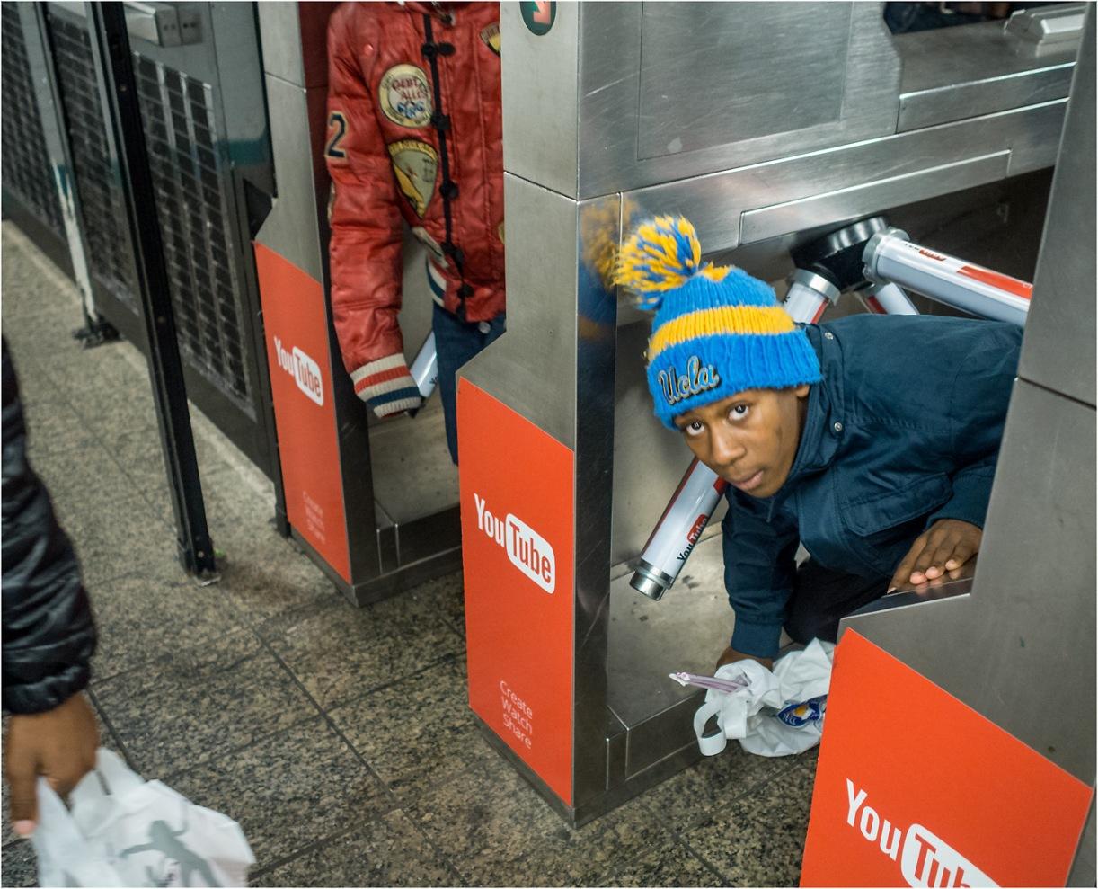 under=turnstyle-subway