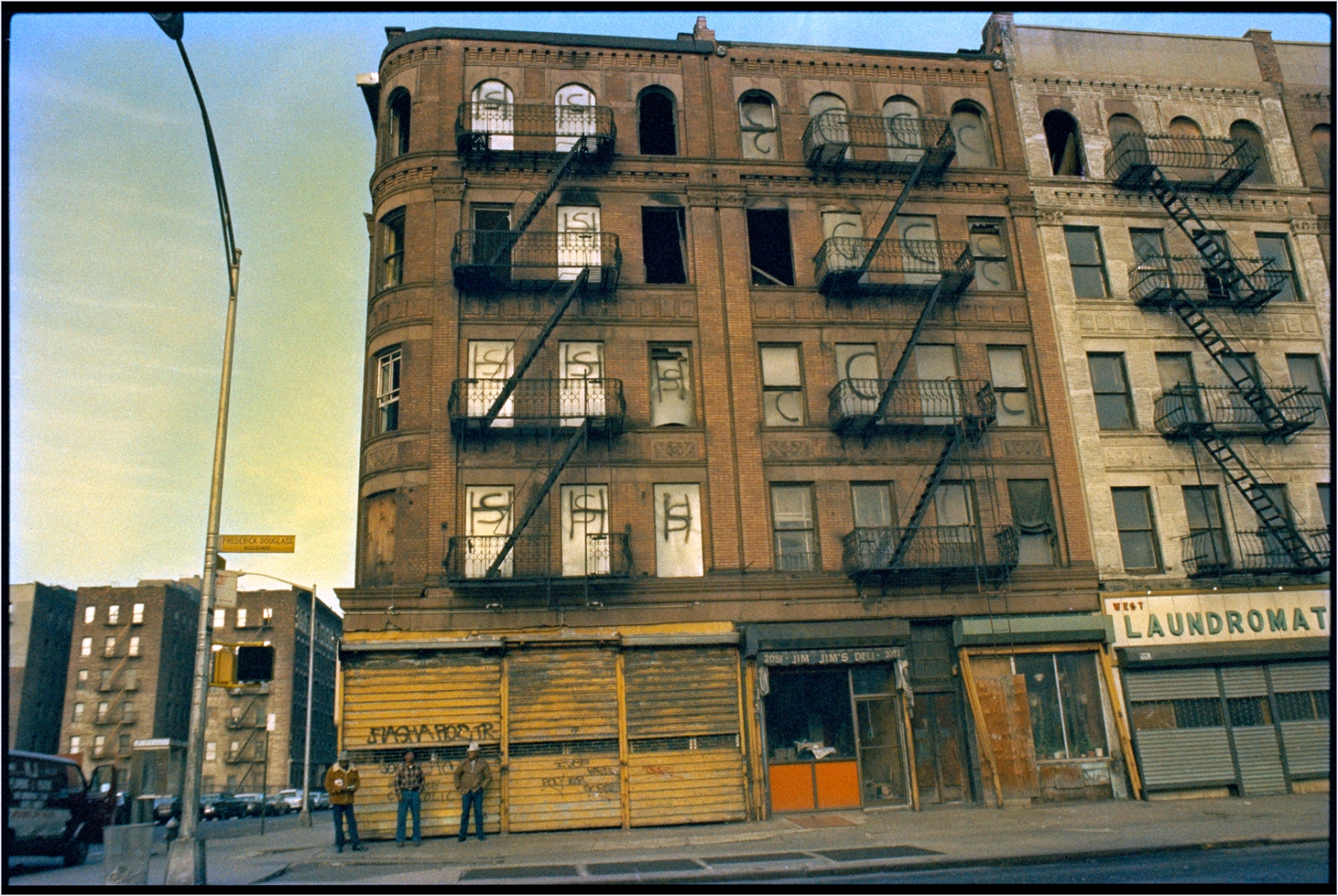 Harlem-Tenements-Laundromat-1985 copy
