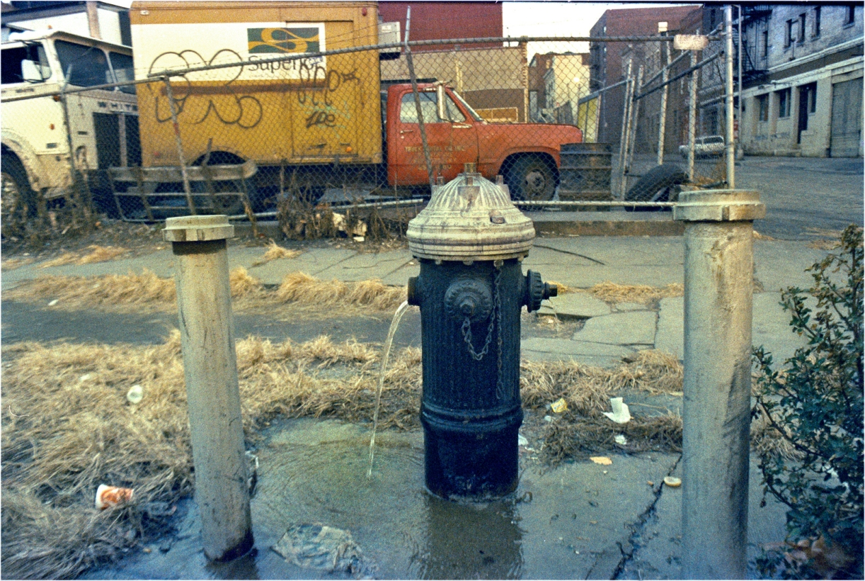 Stubby-Fire-Hydrant-Leaking-1985 copy