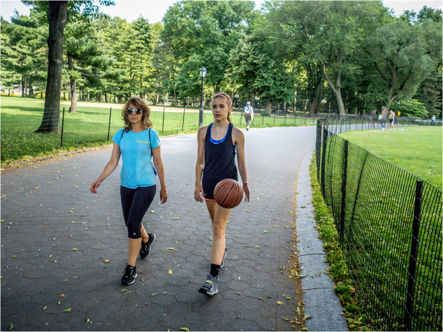 CentralPark-Mom-Daughter-Bball-2014 copy