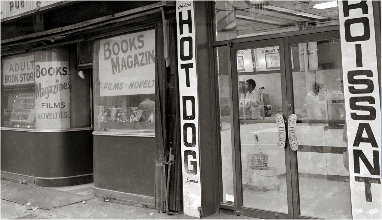 Nedicks-Books-TimesSq-Cropt