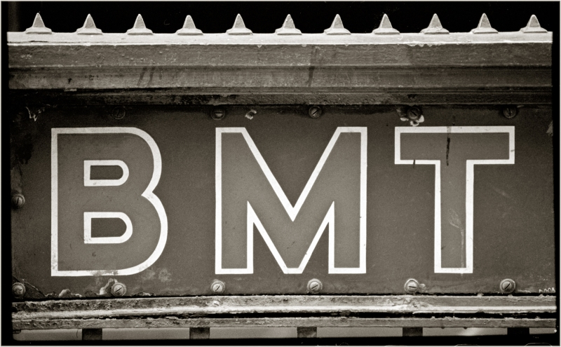subway-bmt-sign