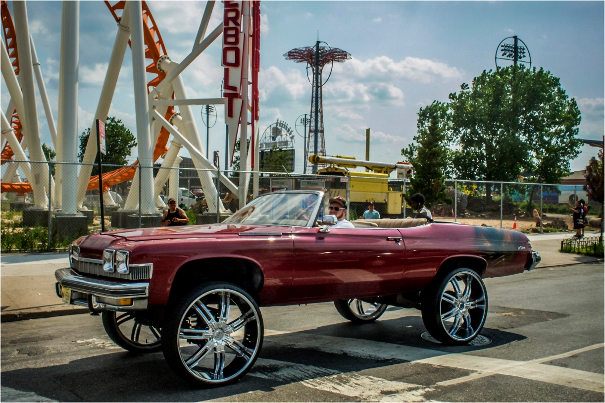*Coney-Para-Big-Wheel-Chevy-2 copy