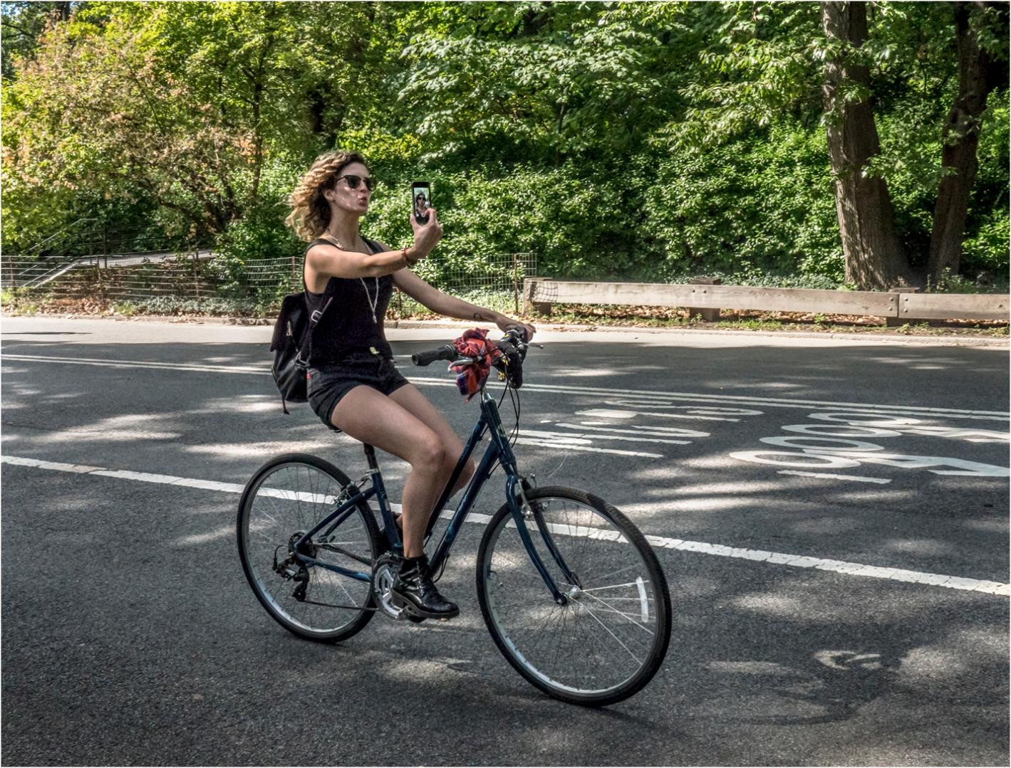**Selfie-Bike-Rider copy