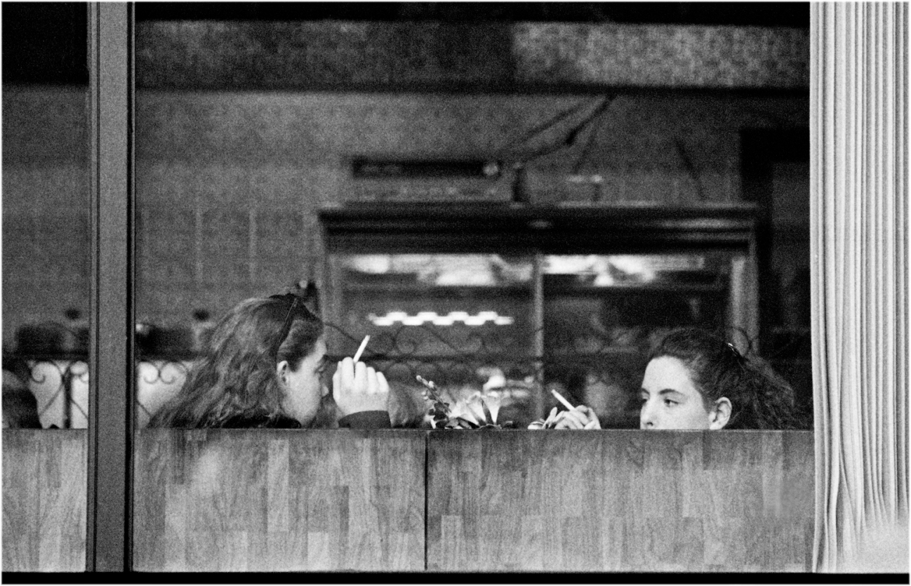 2-Girls-Smoking-Cafe-1990 copy
