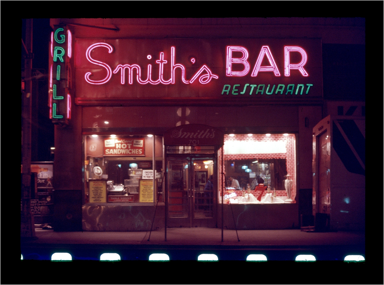 Smith's-Neon-BAR-1985 copy