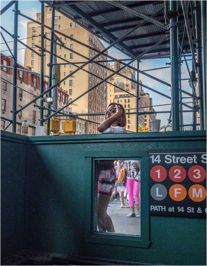 Sub-Entrance-Window-Black-Gal-14th-Street-2014 copy