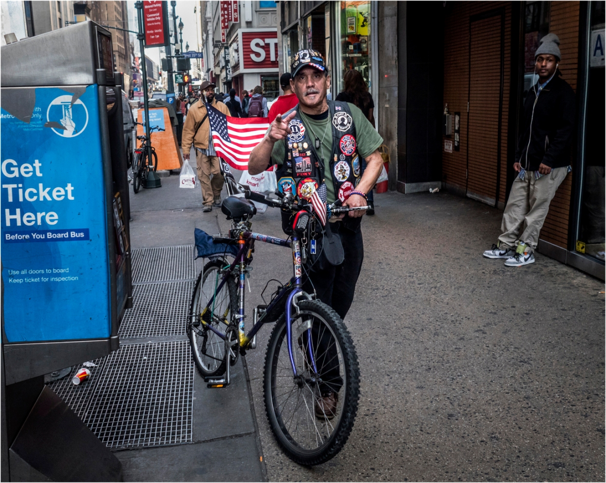 **8th-JOE-Flag-Bike copy
