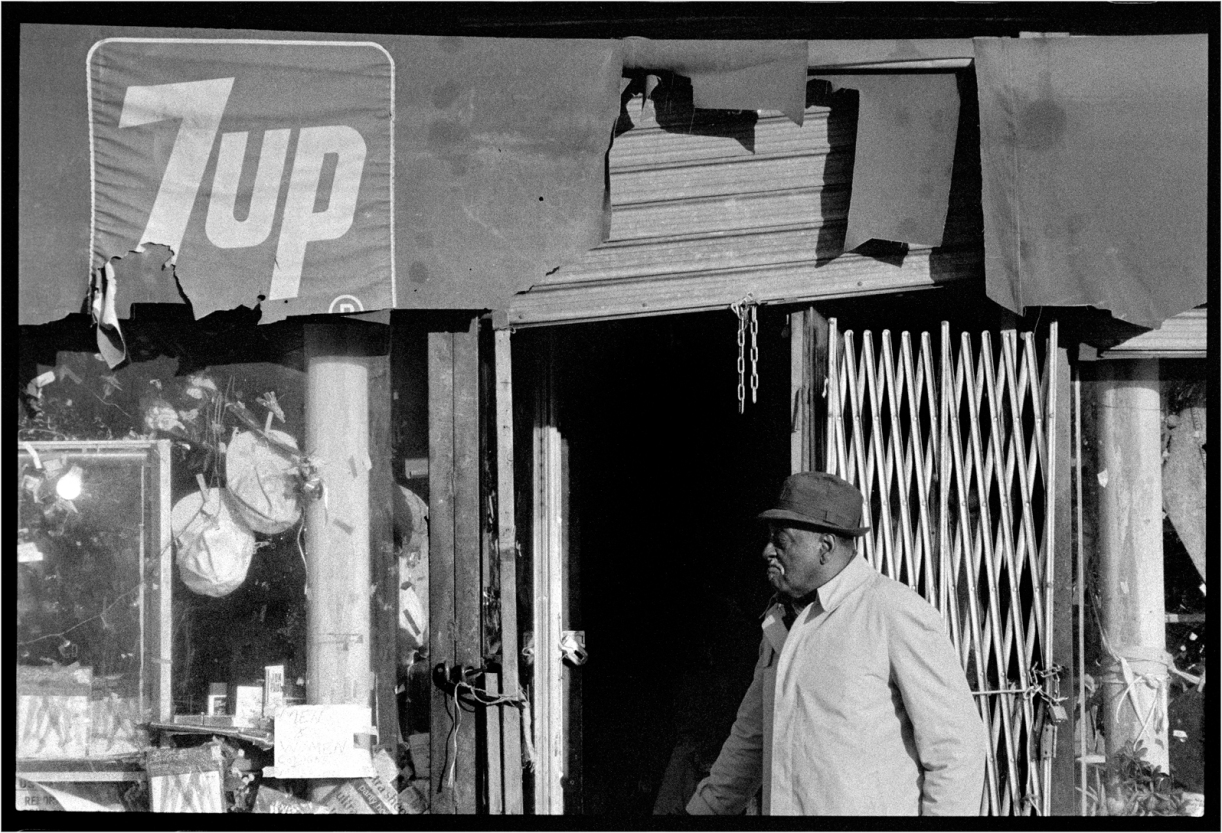 harlem-torn-awning-7up-1988-copy